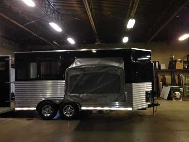 Dixie Star 5 Bumper Pull Living Quarters Horse Trailers